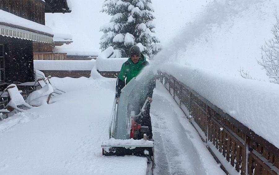 Michellod-paysage-deneigement-snow-clearing